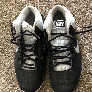 Size 8.5 Nike basketball shoes